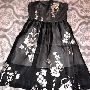 White| Black Market Dress